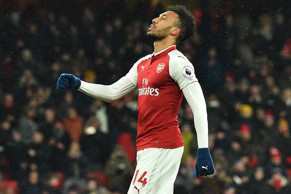 aubameyang-penalty-missed-arsenal-manchester-city
