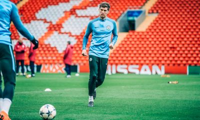 john-stones-anfield-liverpool-uefa-champions-league