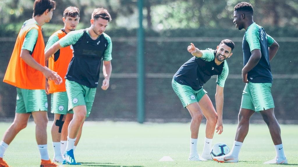 Riyad Mahrez Man City team mates